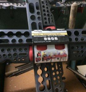 Полка пластмассовая для инструмента