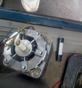 Электродвигатель 220в