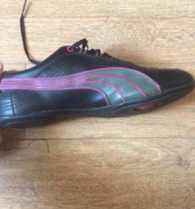 Кроссовки Puma 41 размера женские кожаные