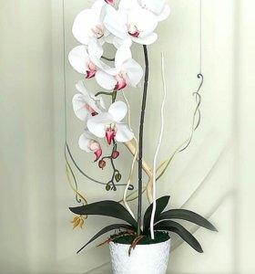 Имитация орхидеи