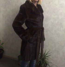 Шуба, пальто из цельной норки