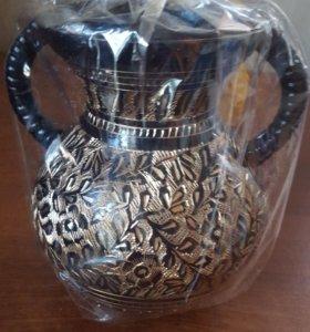 новая ваза металлическая