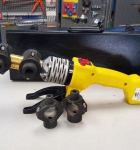 Сварочный аппарат для пластиковых труб 900Вт