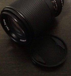 Carl Zeiss 135 mm f/2.8