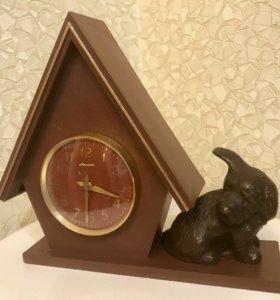 Часы «Молния» настольные СССР