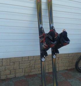 Продам горнолыжные лыжи с ботинками.