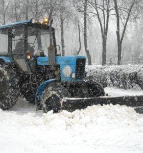 Вывоз снега с погрузчиком.