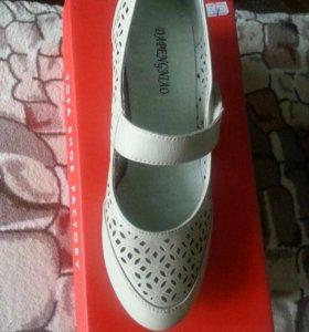 Туфли новые 38 размер