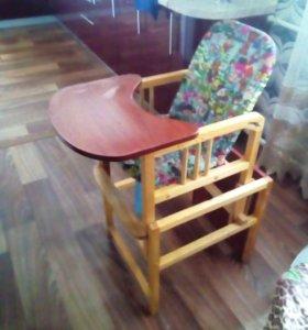 Детский деревянный стул для кормления