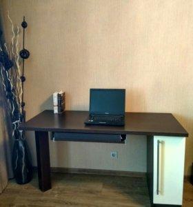 Письменный - компьютерный стол