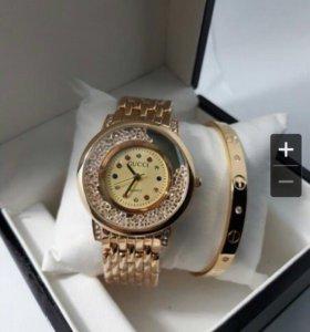 Комплект:часы+браслет+коробка.