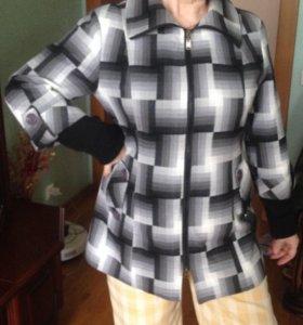 Пальто женское размер 48