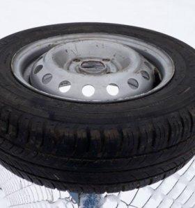 Летняя шина с диском Hyundai Accent