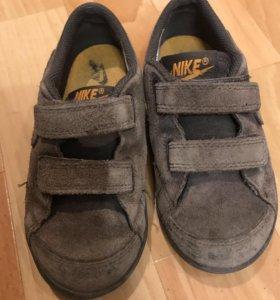 Кроссовки Nike, 15 см, 26 р