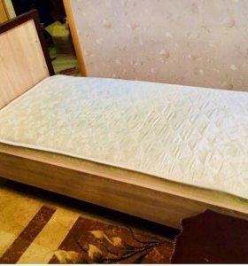 Кровать и матрац (все новое)