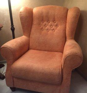 Кресло Лорд, срочно!