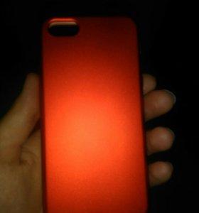 Силиконовый чехол на iPhone 5