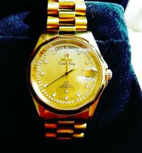 Часы Titoni.
