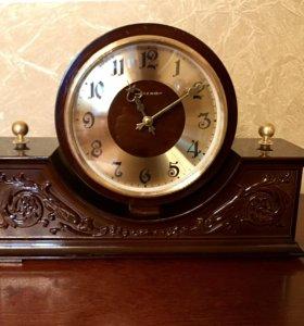Часы «Весна» настольные механические СССР, на ходу
