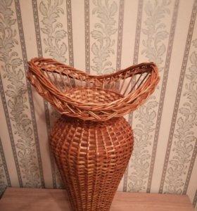 Напольная плетёная ваза