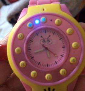 Часы умные.