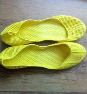 Пляжные туфли 40р-ра