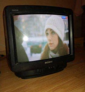 Телевизор Sony Trinitron 14 дюймов