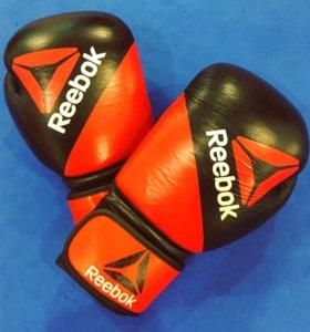 Боксерские перчатки Reebok