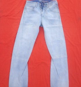 Levi's Engineered джинсы 31х36