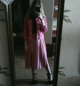 плиссированная юбка нежно-розового цвета