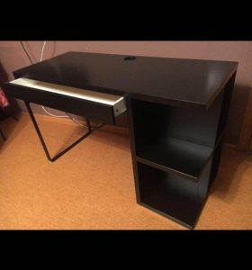 Компьютерный стол ИКЕА (письменный)