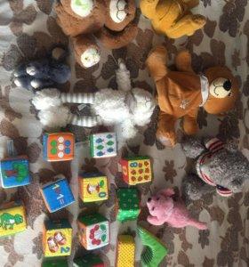 Игрушки (кубики)