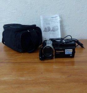 ВидеокамераPanasonic SDR-S70