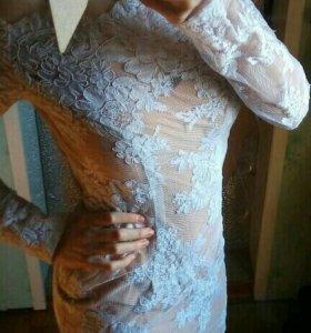 Платье шикарное ,кружевное