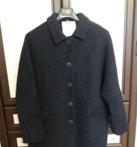 Пальто IMPRESA новое