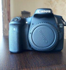 Фотоаппарат Canon EOS 70D б/у