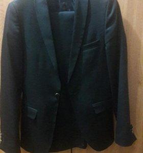 Костюм и штани  черный для мольчика