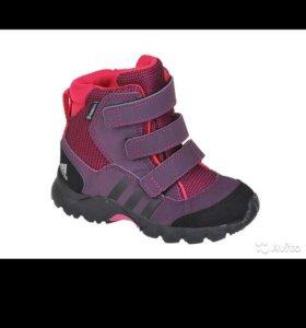 Ботиночки на весну adidas