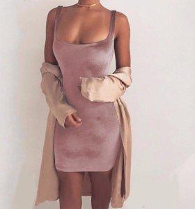 Платье бархатное, новое