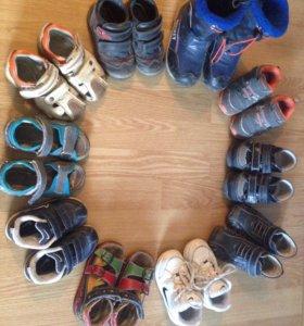 Обувь размер: 22,23,24