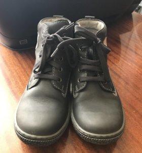 Ботинки кожаные на мальчика, 34 разм, демисезон