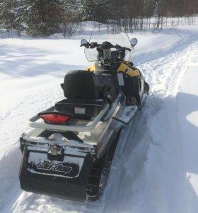 Снегоход BRP Ski-Doo SWT 600 e-tec.