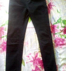 Классические черные брюки-стретч (джинсы), 46-48