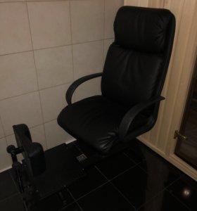 Маникюрное кресло
