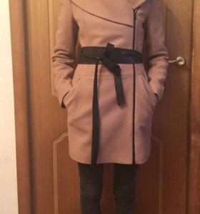 Пальто демисезонное 100% шерсть