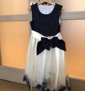 Платье для девочки. р.122