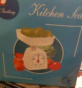 Весы кухонные ( новые).