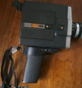 Кинопроектор и кинокамеры