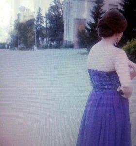 Выпускное платье, итальянская вышивка, длинное.