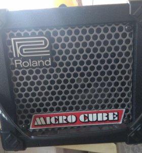 Гитарный комбик Roland Micro Cube